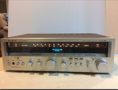 Sanyo Plus Series, Model Plus 55, Stereo/ Receiver 200 watts,