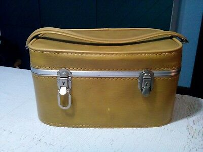 Vintage Double Snap Tan Train Makeup Case Luggage Carry-On Mid Century 60'S 70'S