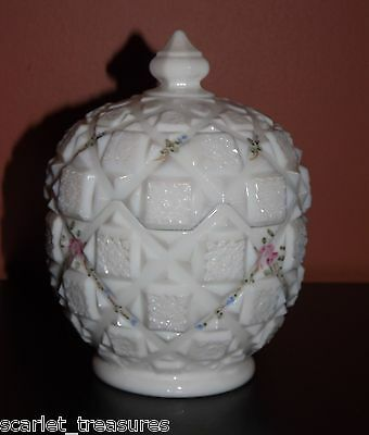 VINTAGE Westmoreland White Milk Glass Covered Candy Dish Floral Swags Old Quilt