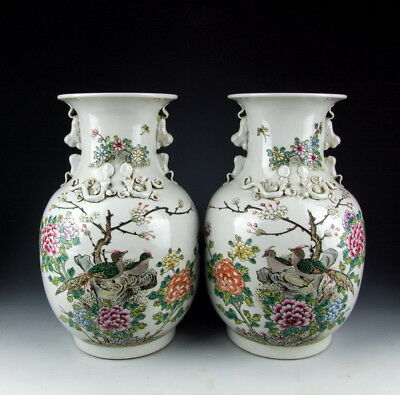 Pair of Chinese Antique Famille Rose Porcelain Vase with Flower&Bird Pattern