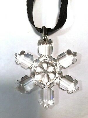 SWAROVSKI 1992 Christmas Star/Snowflake - Mint, ornament only