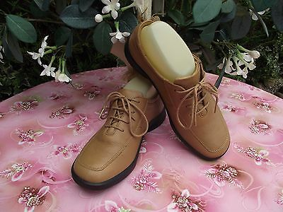 2e63df49862d CLARKS SPRINGERS TAN Leather Lace Up Casual Shoes Size Uk 4.5 D ...