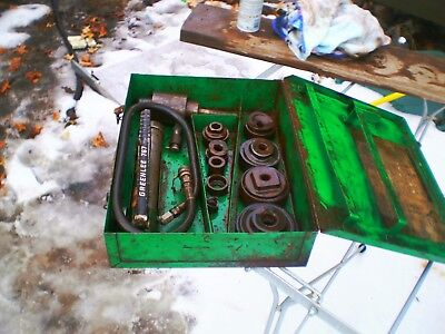 Greenlee 767 knockout punch kit