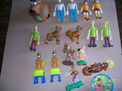 lot of scooby doo plastic figures, bank and more