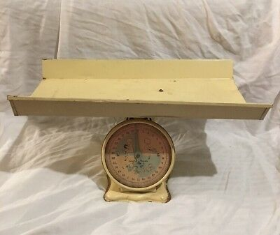 Vintage 30lb Nursery Baby Scale Removable Tray Photography 1960s