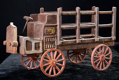 Excellent ANTIQUE CAST IRON, TURN-OF-THE-CENTURY, PEPSI-COLA DELIVERY TRUCK!