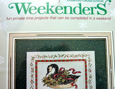 """""""FESTIVE GOOSE"""" CANADIAN GOOSE ~ COUNTED CROSS STITCH KIT made in USA ~ NIP"""