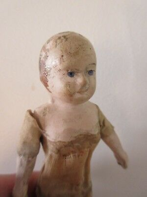 RARE SIZE . TAUFLING . PAPIER MACHE DOLL IN USED CONDITION . Ht 4 3/4 in . 12 CM