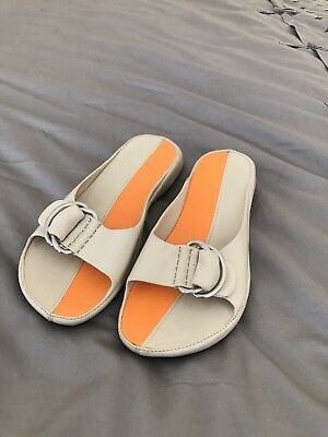 detailed pictures 71e60 f2406 Cole Haan G Series Nike Air Women Sz 6.5 B Orange and cream gray buckle