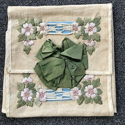 Vintage 1900-20' Arts And Craft Embroidered Linen Handkerchief Case. Antique