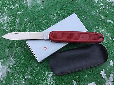 0.8710 Victorinox Swiss Army Pocket Knife Solo Old Red 08710 very rare