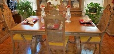 Thomasville solid vintage mahogany Dining Room Table and Chairs