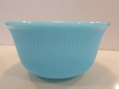 """Manning Bowman Chalaine Mckee?  Blue Ribbed Mixing Bowl 9 1/2"""""""