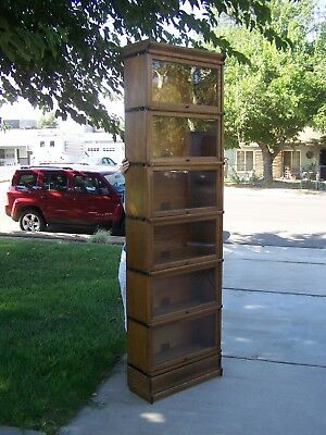 "25"" wide 3/4 Globe Wernicke 6 stack barrister / lawyer bookcase - Lancaster,CA."