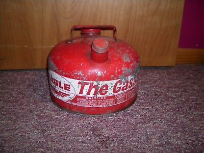 Vintage Galv. Metal Eagle The Gasser M-2 1/2 Gas Can With 2 Lids 2.5 Gallon