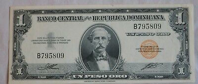 uncirculated one peso note from Dominican Republic mid 1950's