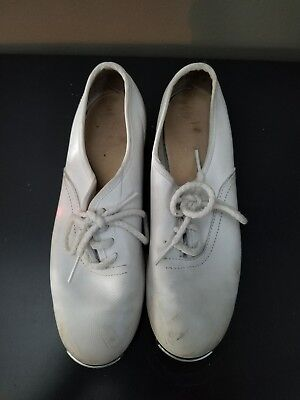 White clogging shoes size 2M with Steven Stompers Buck Taps
