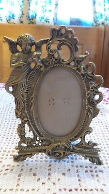 VINTAGE BRASS ART NOUVEAU STANDING CHERUB PICTURE FRAME Shabby Cottage Style