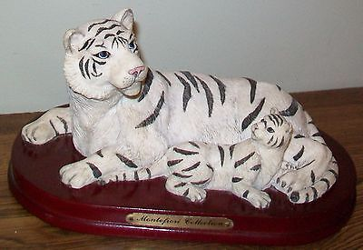 Rare Find  - Montefiori Collection -  Mother & Baby White Siberian Tigers