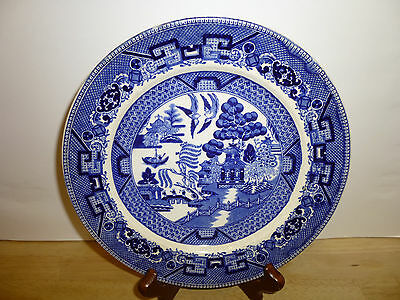 """Buffalo Pottery Blue Willow Lunch Salad Plate 8 1/4"""" Semi-Vitreous 1917 Vintage"""