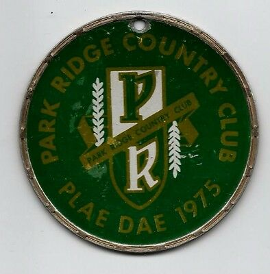 1975 Park Ridge, Illinois Country Club Member Car Auto Badge Emblem