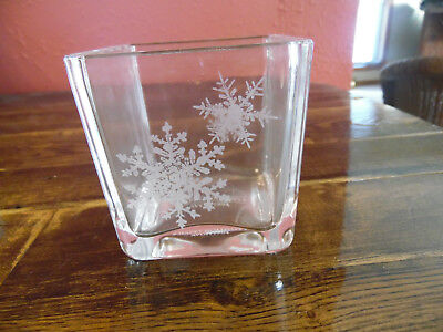 """Avon 1984 Happy Holidays """"Snowflakes"""" Glass Candle Holder New In Box"""