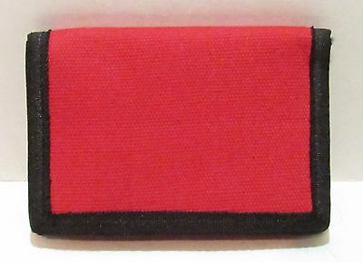 Amazing Red Tri-Fold Canvas Wallet With Zipper And Very Easy Closure