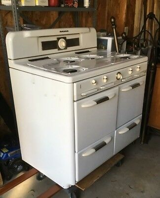 Vintage Antique Single Oven 1940s Roper Natural Gas Stove White Staggered Burner