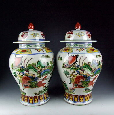 Pair of Chinese Antique Famille Rose Porcelain Vase w Ancient Warrior Motif Deco