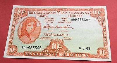About uncirculated 1968 lady lavery  10 shilling banknote