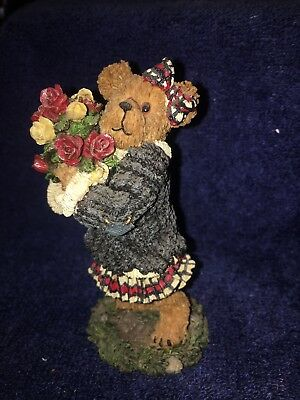 Boyds Bears *Rosalie Bearheart ...Love Is In The Air* .  FIRST EDITION