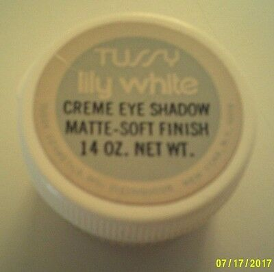 Vintage TUSSY LILY WHITE CREME EYE SHADOW POT Unused