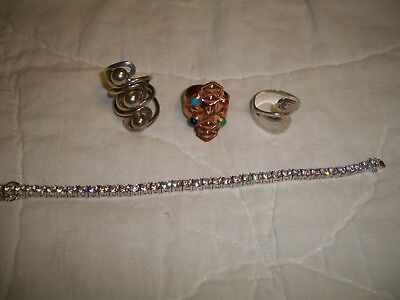 Mixed lot of Silver Jewelry 4 Pcs,  3 Pcs are marked 925 1 pc not marked