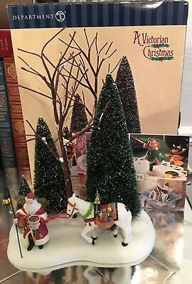 Dept 56 Dickens' Village Series A Victorian Father Christmas # 58585 In Box