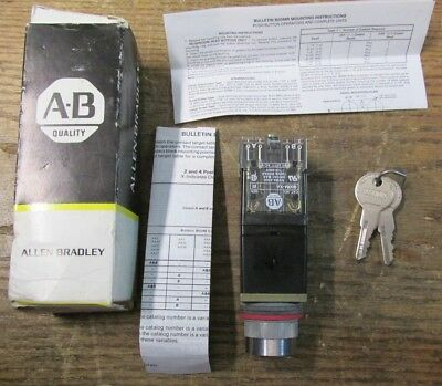 NEW NOS Allen Bradley 800MR-H33BB Selector Switch Keyed 2 Position 2 NO 2 NC