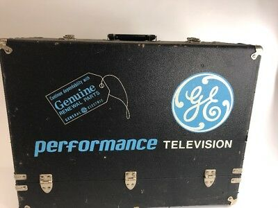 Huge Lot of Vintage Electronic Tubes GE RCA Sylvania and Others W/ GE Box! NR!