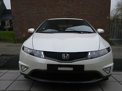 Voiture HONDA CIVIC