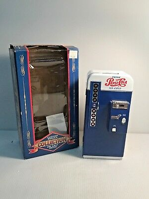 VINTAGE PEPSI COLA PEPSI VENDING MACHINE  DIECAST BANK Hard to Find