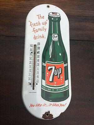 Vintage Porcelain 7UP SIGN  Working metal Thermometer