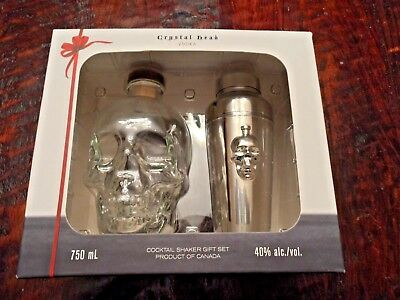 Crystal Head Vodka Skull Bottle & Cocktail Shaker Set Excellent 750 ml w/ Box