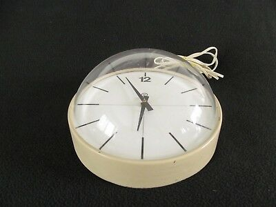 Vintage Peter Pepper Products Modern Design Electric Wall Clock