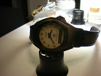 Mens Vintage CASIO Forester Illuminator Analog/Digital FT-600W 37mm Tonneau Case