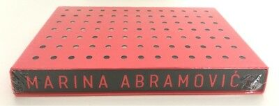 Walk Through Walls Signed and Numbered Collector's Edition von Marina Abramovic