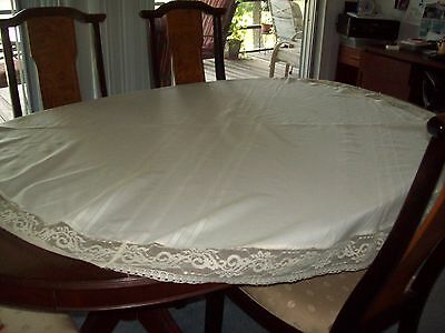 Tablecloth Solid Cream ~ Round ~ 33""