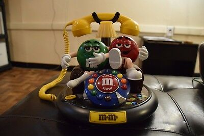 M&M  ANIMATED TALKING TELEPHONE  Collectible Phone