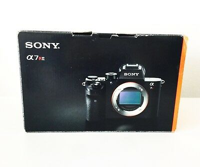 Sony Alpha a7R II *BEAUTIFUL CONDITION!*