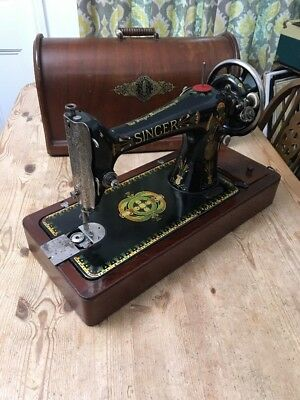 Vintage Singer Sewing Machine 66k 1920 - With Case, Key & Feet