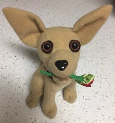 """1998 Applause TACO BELL CHIHUAHUA DOG talks """"I THINK I'M IN LOVE"""" ROSE VINTAGE"""