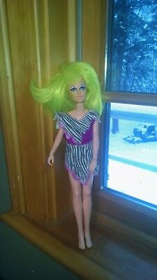 Jem and the Holograms pizzaz Misfits Doll  Vintage hasbro
