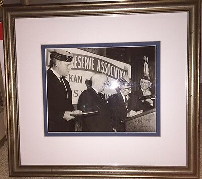Harry TRUMAN Autographed Presidential Photo Framed Fleet Assoc. --- PSA/DNA